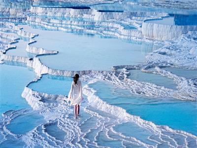 Termal Havuz Ve Çamur Banyosu Dahil Çeşme,Alaçatı,Ilıca,Şirince Pamukkale Turu
