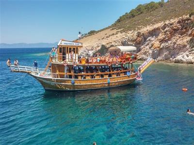 Kurban Bayramı Ayvalık'da Tekne Turu imkanı ile Cunda Adası, Bozcaada,Assos Kadırga Koyu Turu